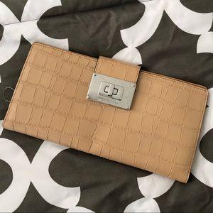 Miaxhael Kors clutch/wallet/bag